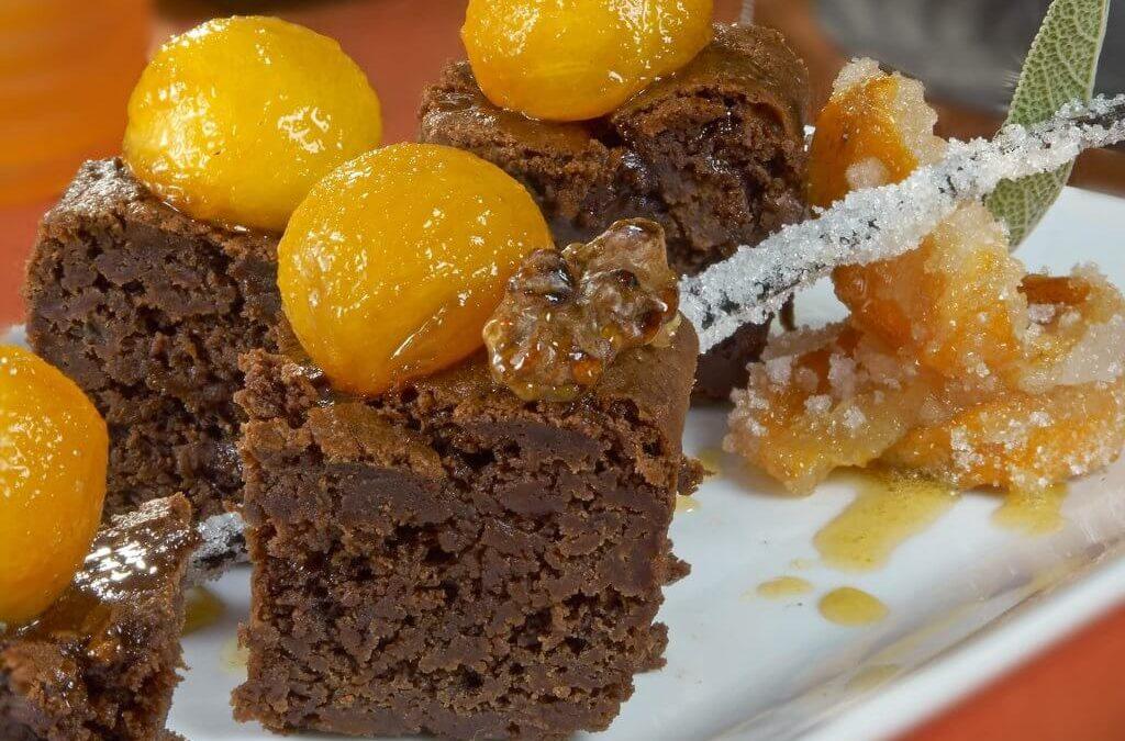 Persimon® kaki brownie with walnuts and double vanilla sauce